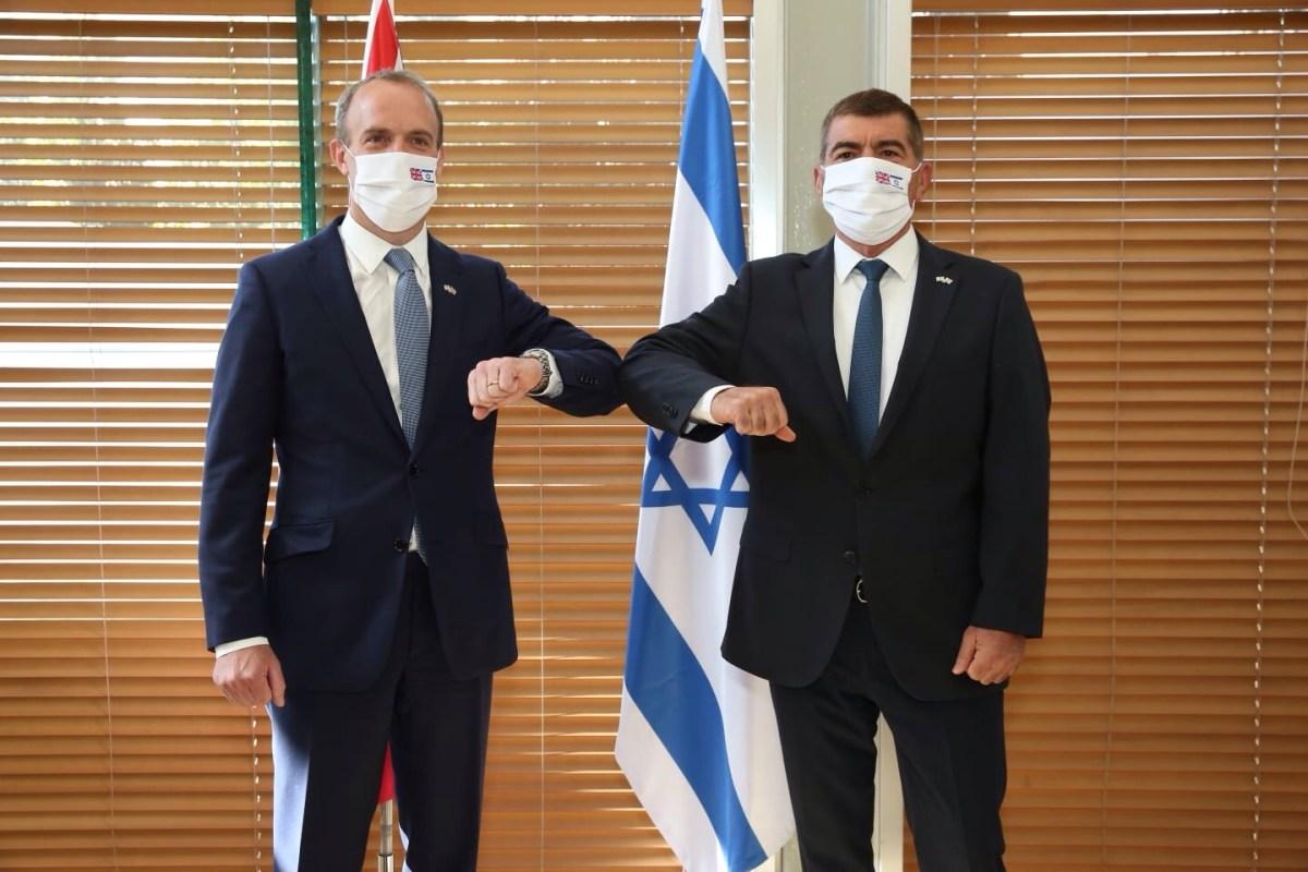 Askenázi csalódottságának adott hangot brit kollégájának az Egyesült Királyság Iránnal kapcsolatos álláspontja miatt