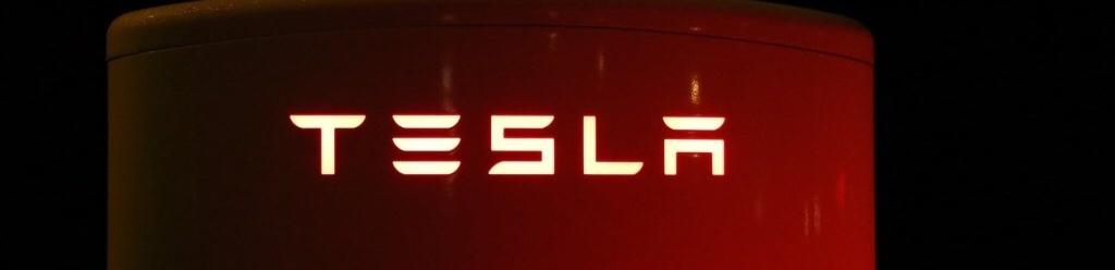 Éjféli gyors – hivatalos: a Tesla megkapta a közvetlen importengedélyt