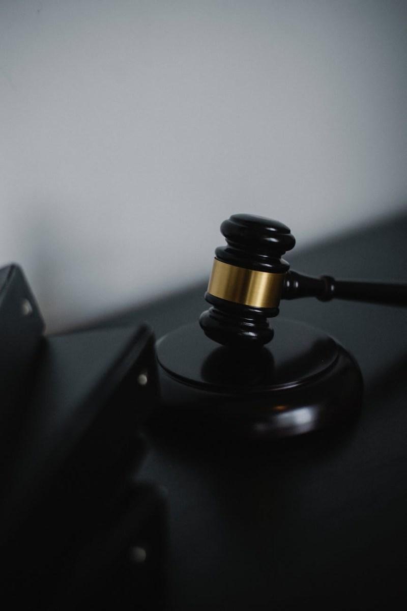 Legfelsőbb Bíróság: A zárlat idején, a tüntetőkre kivetett egy kilométeres távolságkorlátozás illegális volt