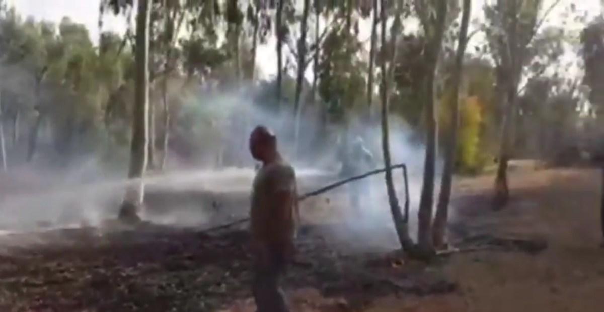 A légicsapások ellenére szerdán folytatódott a gázai léggömb terror   Új Kelet online
