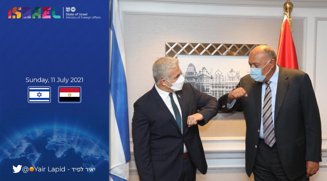 Brüsszel: Jáir Lapid az egyiptomi külügyminiszterrel folytatott találkozóján a Gázában fogvatartott izraeliek hazaengedését hangsúlyozta | Új Kelet online