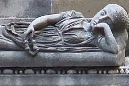 girl_sarcophagus3