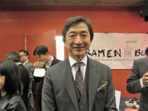 この日のために日本より駆けつ け、業務提携への意気込みを語る 金山社長