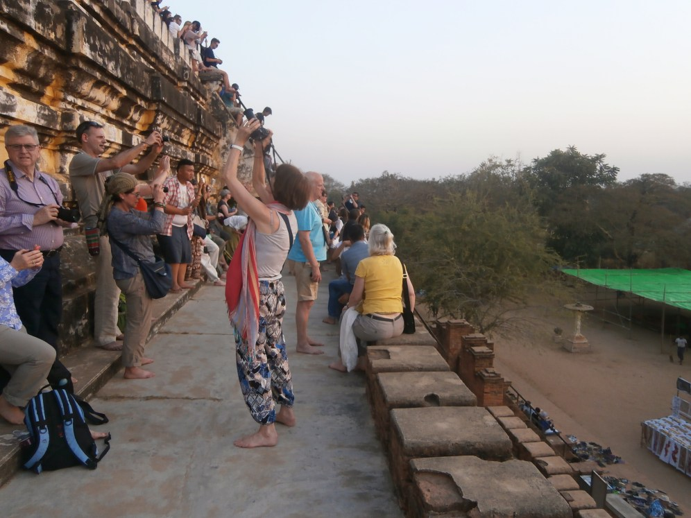 Who-ah! Several foreigners were gathering at the top just to take pictures of Bagan's sunset view