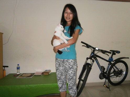 With Phyu Phyu and her adorable Whitey! (2)