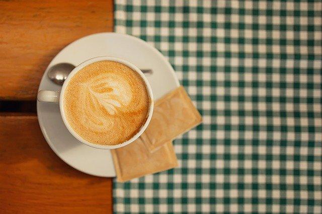 Coffee Latte Art Cup Drink  - adamkontor / Pixabay