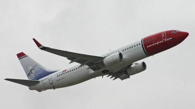 Norwegian Boeing 737-800 (Credit Alan Wilson/Wikipedia)