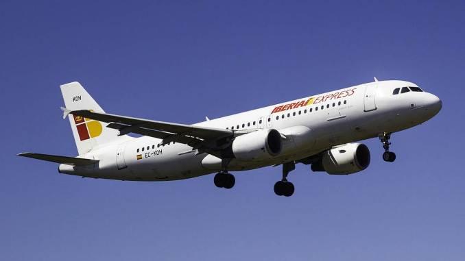 Iberia Express (Image: Bene Riobó/CC4.0)