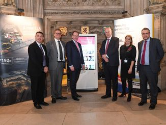L-R Gavin Shuker MP Labour Luton South. Clive Condie Chairman LLA. Nick Barton CEO LLA. Chris Grayling MP Secretary State for Transport. Baroness Sugg Aviation Minister. Steve Double MP Transport