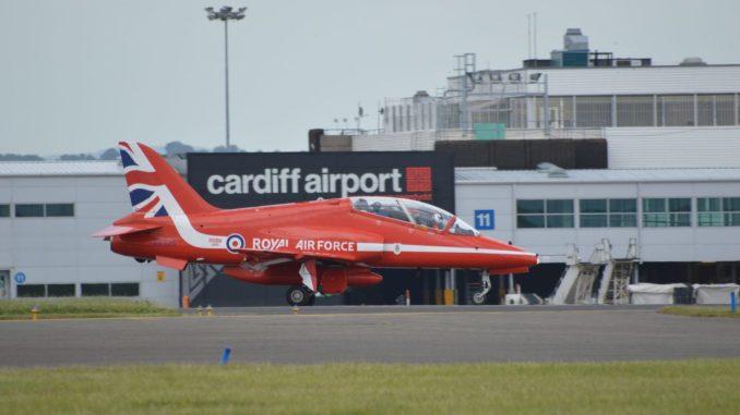 Red Arrows Hawk T1A