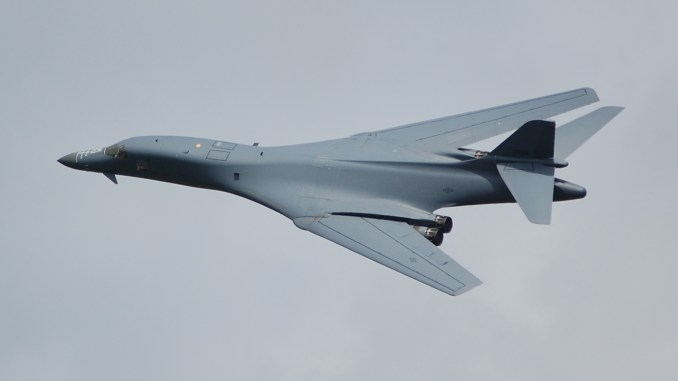 Rockwell B1-B Lancer flying past RAF Fairford (The Aviation Media Co.)