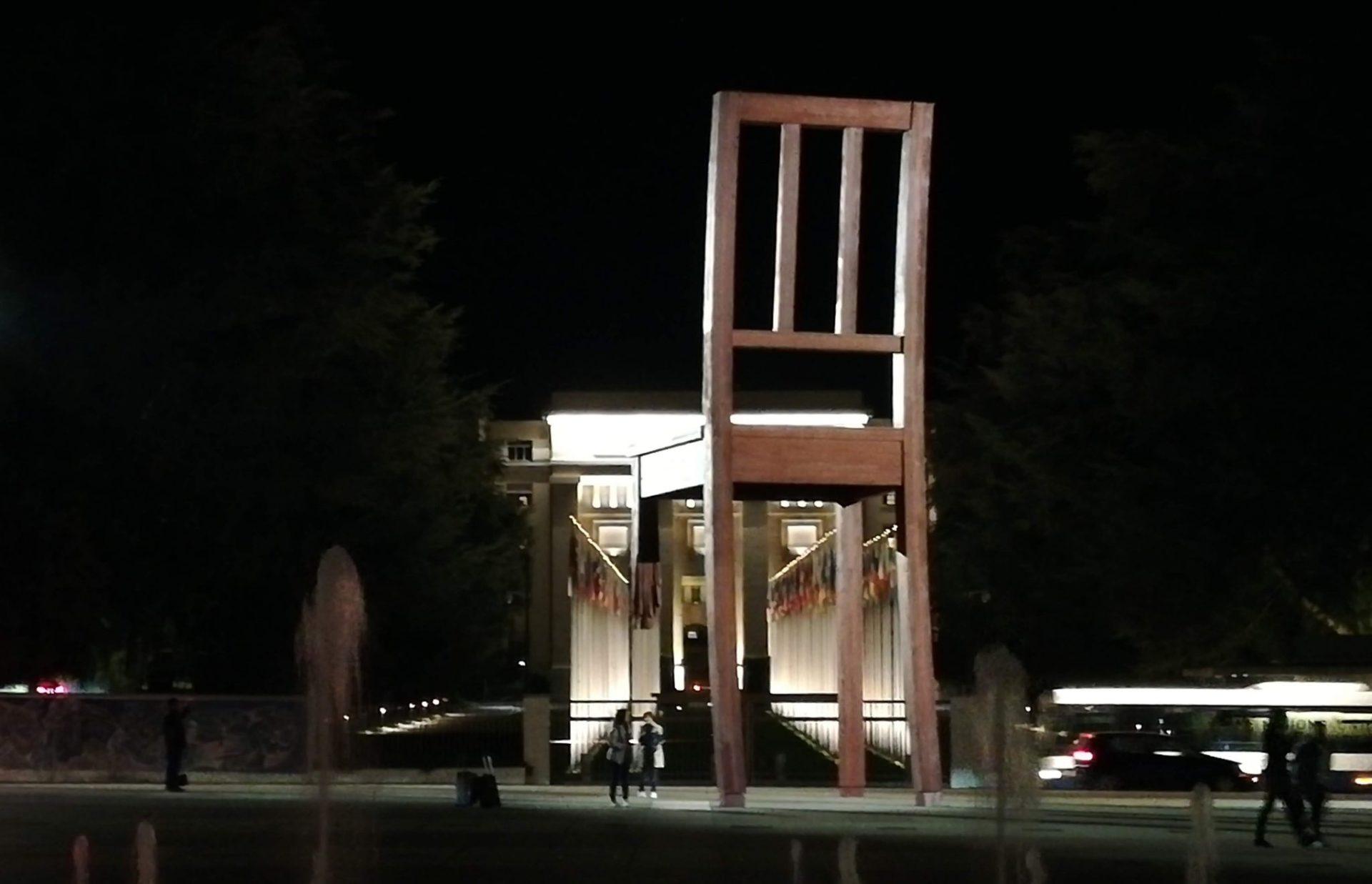 The Broken Chair, Geneva
