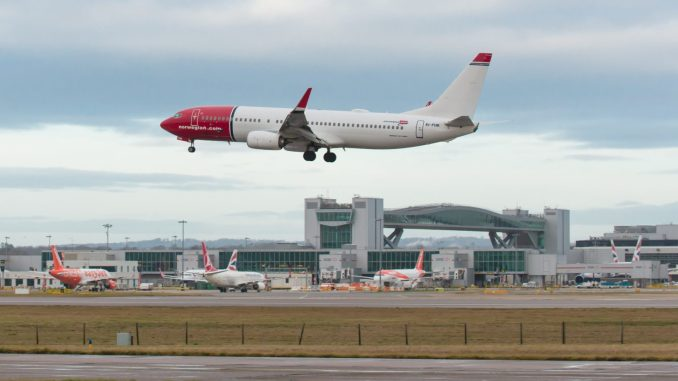 Norwegian 737-800 (Image: Simon Wright)