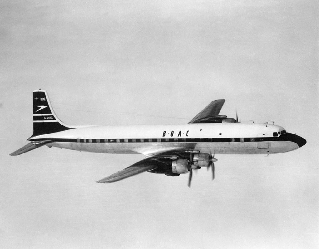 BOAC Douglas DC7