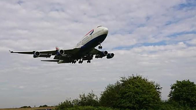 G-BNLN on Final Approach (Image: Paul Wilde)