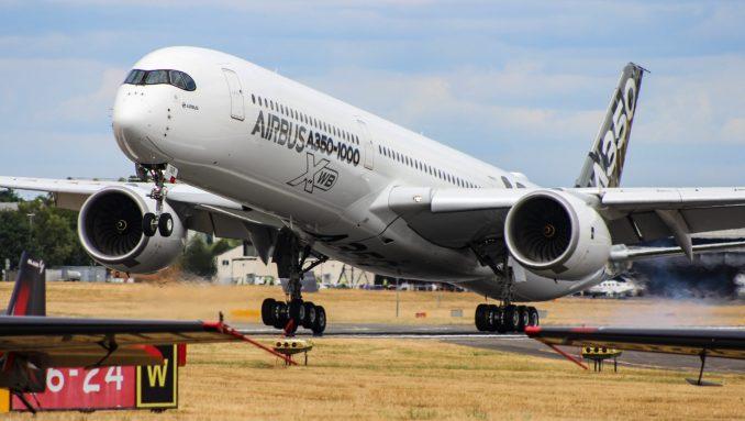 An Airbus A350-1000XWB touches down at Farnborough (Image: TransportMedia UK)