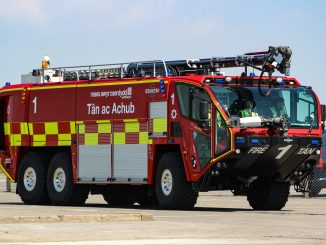 Cardiff Airport Fire Engine (Image: Aviation Media Agency)