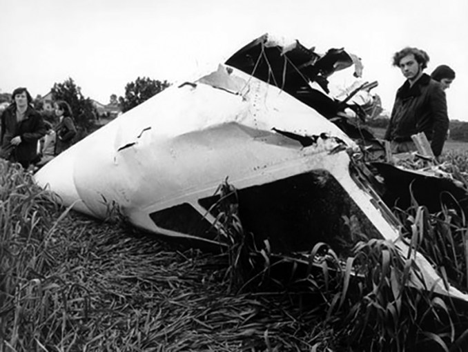 TU144 Nose Crash Site Goussainville (CC BY-SA2.0)