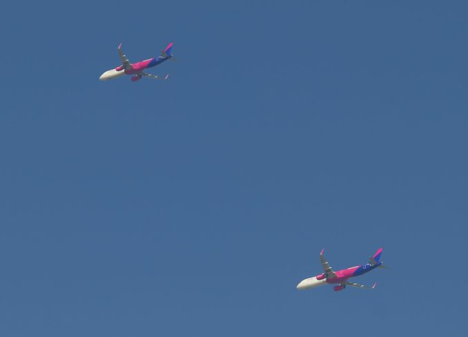 Wizz Air Airbus A321 flying in formation over South Wales (Image: John Moore)