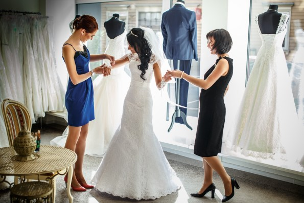 wedding checklist dress