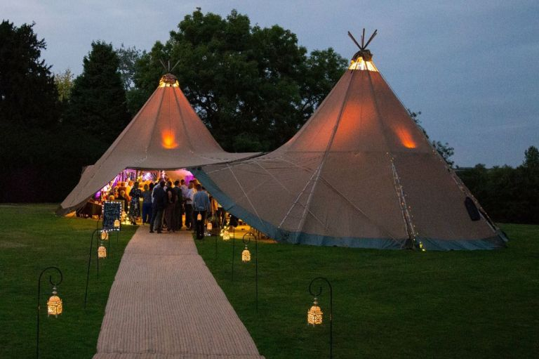 Make sure to get plenty of shots of your venue! This one was taken at Aldby Park.