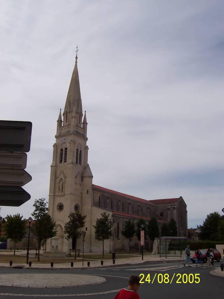 unknown church in Gironde