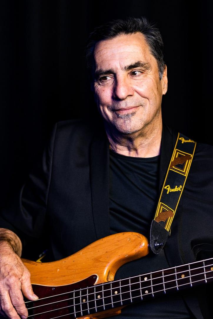 Pete Novak - bass