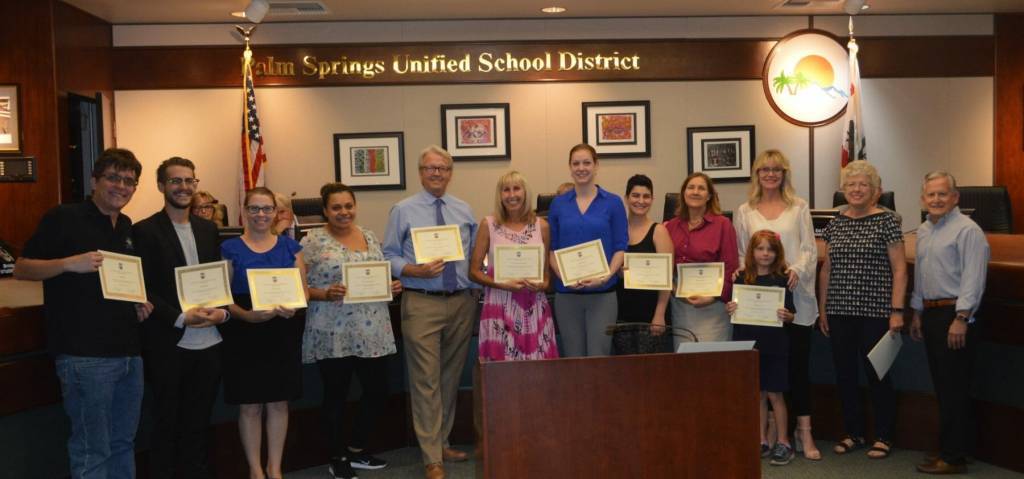PSUSD Foundation Presents More Than $32,000 in Classroom Grants