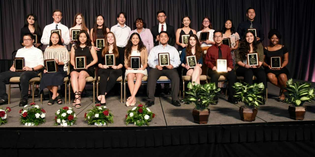 Top Students Honored at Academic Awards Dinner