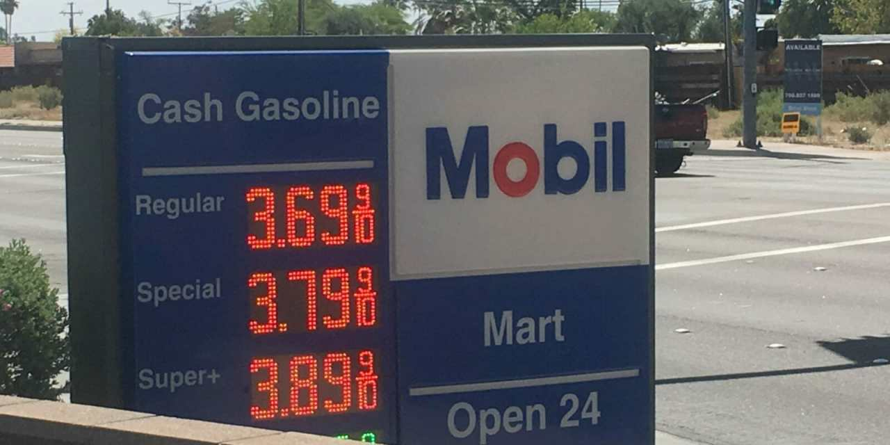 Palm Springs Gas Prices Higher on Sunday than Average