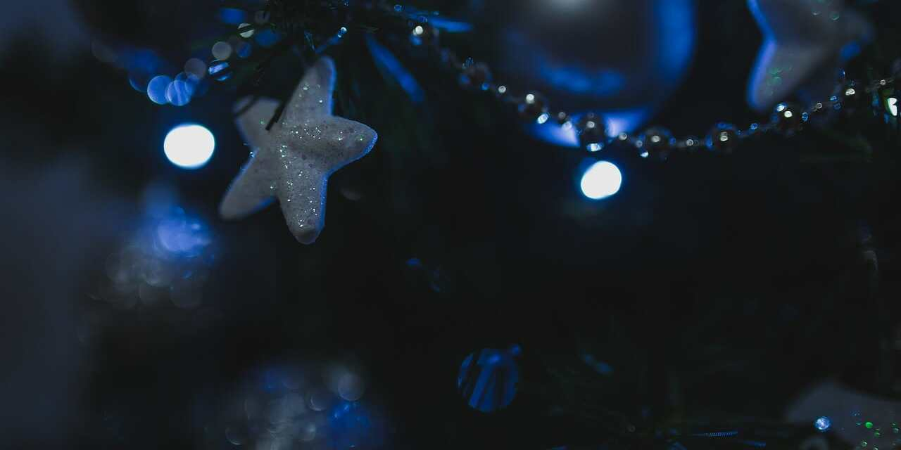 Tree Lighting, Kids' Awards Start Season