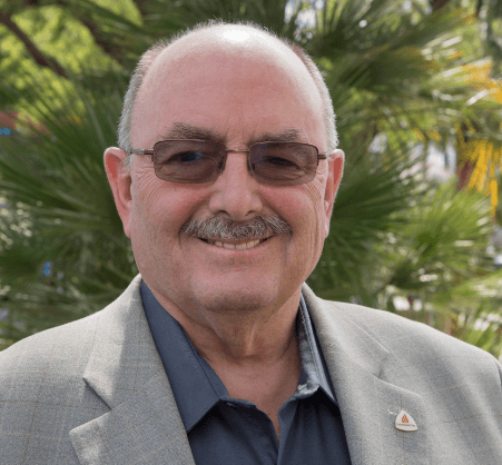 Pettis First Openly Gay Mayor of Cathedral City