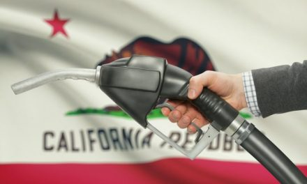 Gas Prices Fall for Second Straight Week
