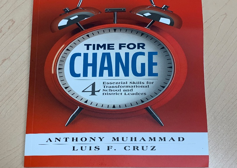 DSUSD Leaders Enjoy Reading: Time For Change