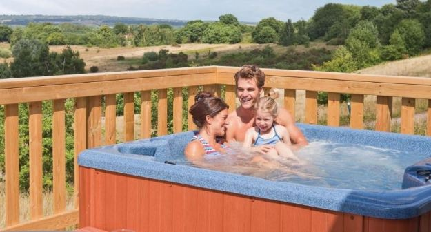 Hoseason hot tub holidays