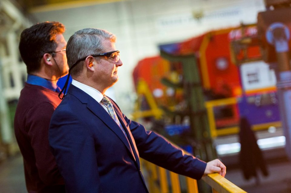Minister for Defence Procurement Stuart Andrew MP visiting Chesterfield Specialist Cylinders in Sheffield.