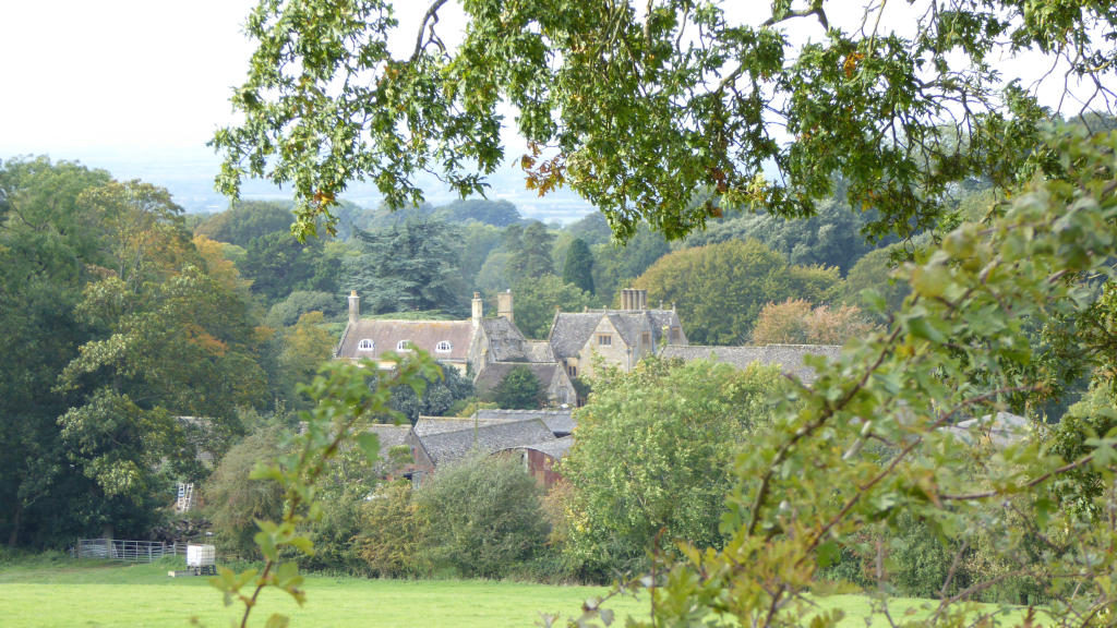 Hidcote Manor from Ebrington Hill walk