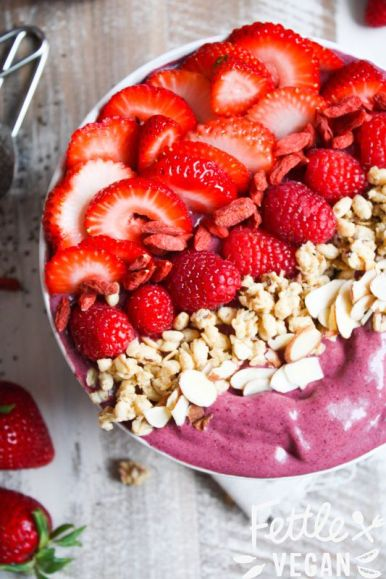 This list of recipes for acai bowls are too delicious to ignore!