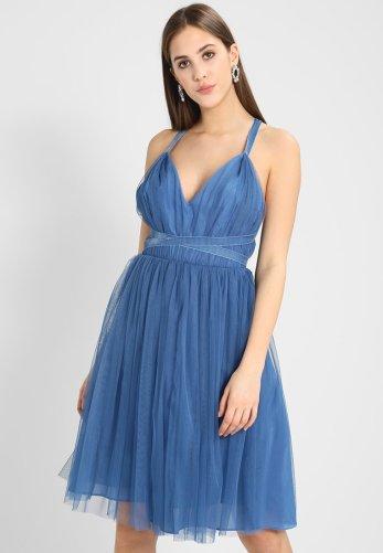 The cutest summer wedding guest dresses you can wear all wedding season!