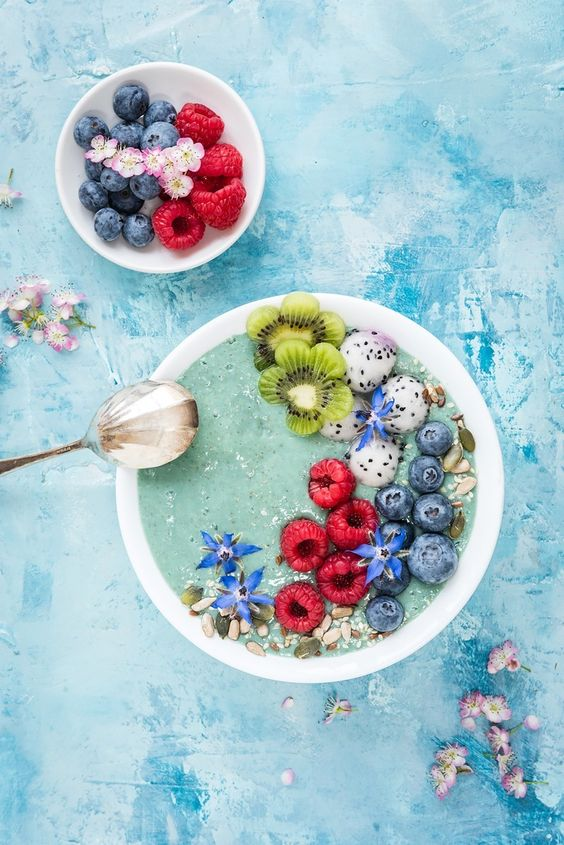 10 Healthy Smoothie Bowl Recipes