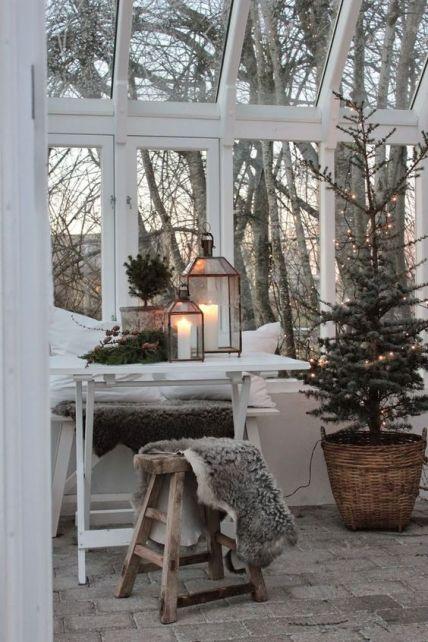 10 Bedroom Winter Decor Ideas To Make Your Room Cozy