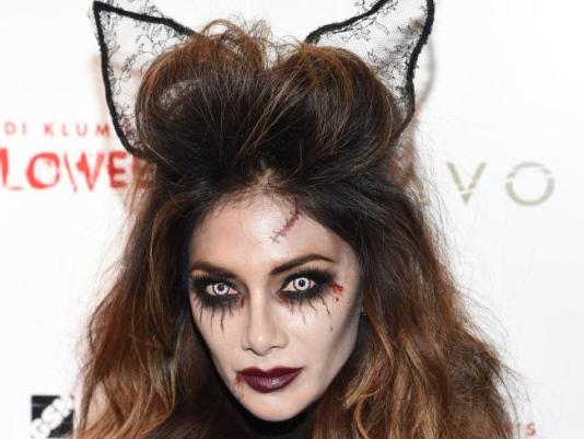 Spooky Halloween Makeup Ideas That Are Still Pretty