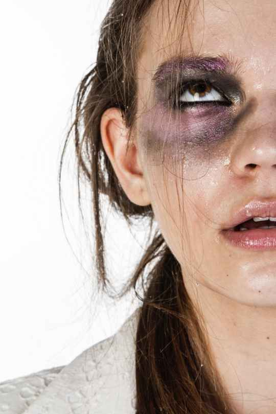 10 Things You'll Relate To If You're Terrible At Makeup