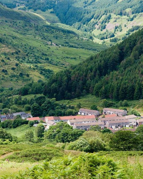 10 Reasons I Wish I Grew Up Literally Anywhere BUT Rhondda Cynon Taf