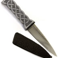 British made pocket knives, survival knives, bushcraft knives and safety knives