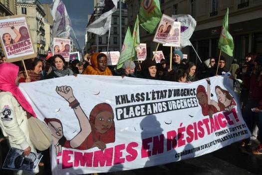 Марш 8 березня 2016 у Парижі