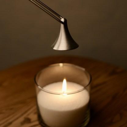 гасить свечу