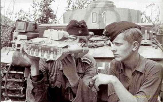"""Полковник Карл-Хайнц Фризер: в этом """"великом танковом сражении"""" немецкая армия потеряла всего три танка!"""