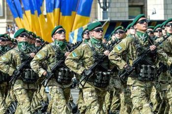 Українці в передчутті параду героїв і захисників Вітчизни