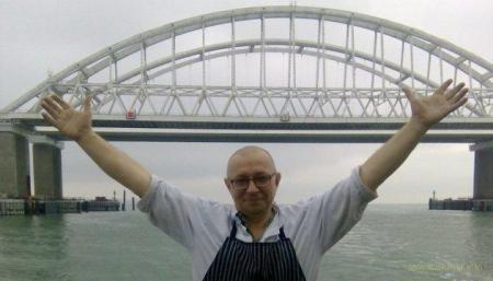 Крымский мост: судоходства нет, авто «ветром посдувало»